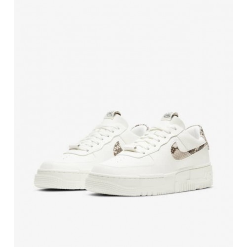 https://airforce.com.ua/image/cache/catalog/photo/low/pixelsnakeskin/womens-air-force-1-pixel-sail-snake-release-date--500x500.jpg