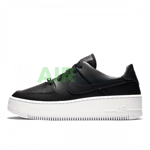 AR5339-002 Air Force 1 Sage Low Black