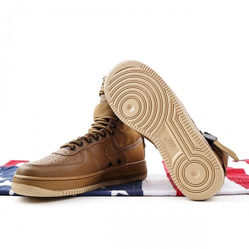 https://airforce.com.ua/image/cache/catalog/photo/mid/sfbrown/krossovki_nike_sf_air_force_1_mid_brown_917753_004_2-500x500.jpg