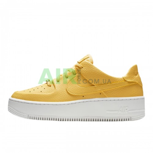 Air Force 1 Sage Low Topaz Gold AR5339-700