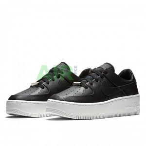 Кросівки Nike Air Force 1 Sage Low